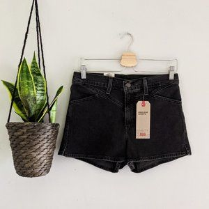 New Levi's High-Rise Black Denim Shorts Size 29